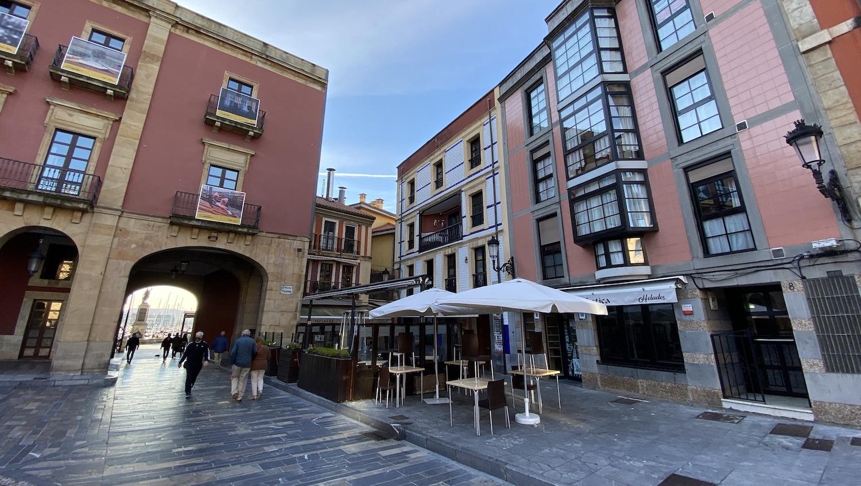 Arcos de la Plaza Mayor de Gijón