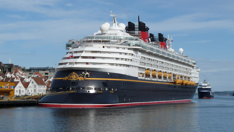 Crucero Disney en el puerto de Stavanger Noruega