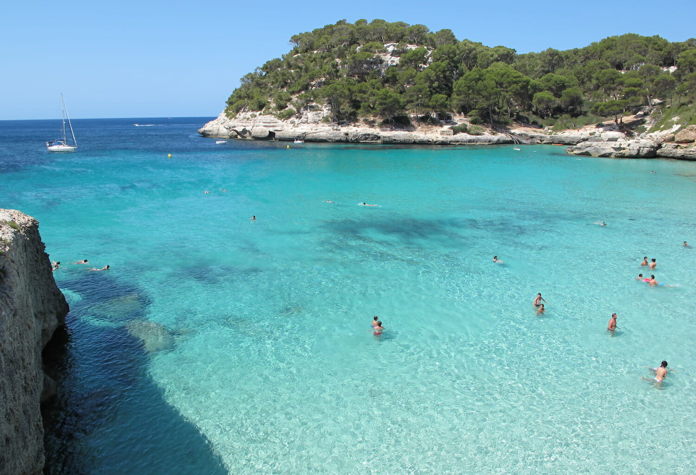 cala-mar-transparente-Menorca