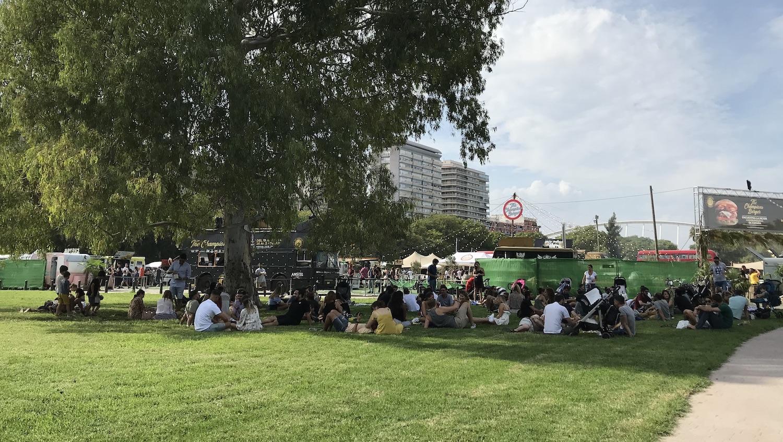 Feria al aire libre en el Jardín del Turia Valencia