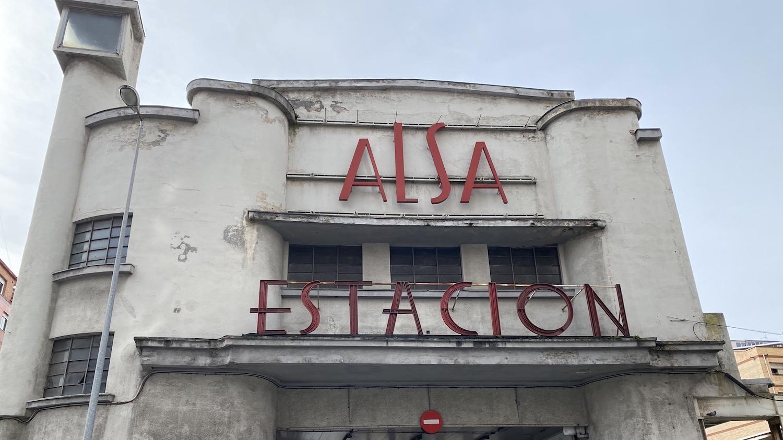 Fachada estación autobuses Alsa de Gijón
