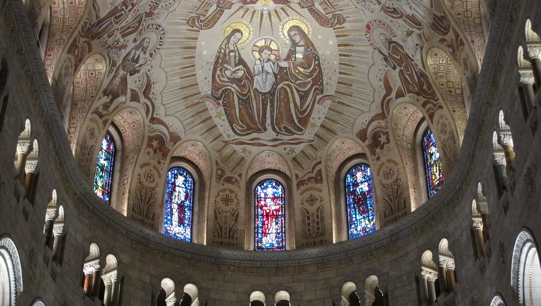 Mosaicos y Vidrieras del Santuario Sainte Anne de Beaupré en Quebec