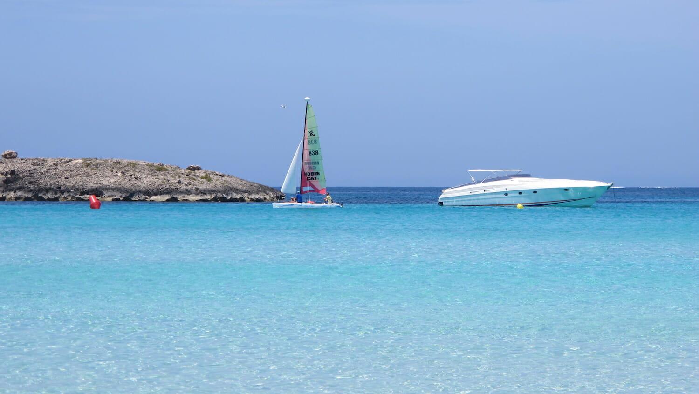 Formentera agua turquesa en la playa Illetes