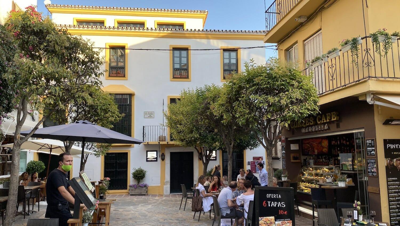 La Plaza de Ronda con sus terrazas en Marbella