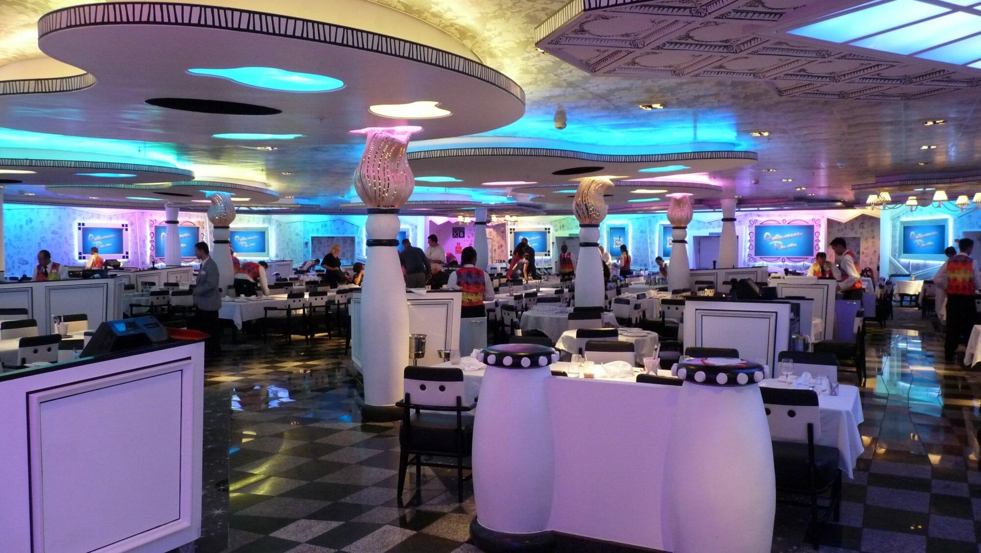 Vista del restaurante Animators Palace en Crucero Disney