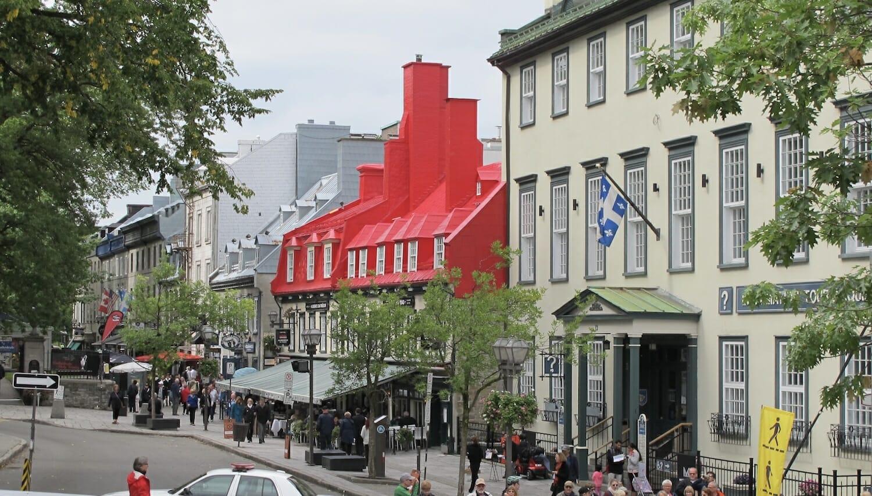 Centro de información turística en Rue Sainte Anne de Quebec Canada