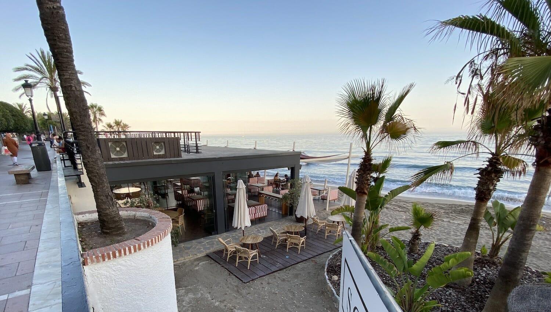 Restaurante Beach Club Soleo en la Playa de Marbella