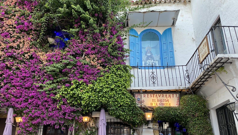 Hornacina Virgen de los Dolores en una calle de Marbella